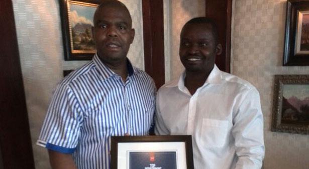 Certificate handover Ulwazi Group